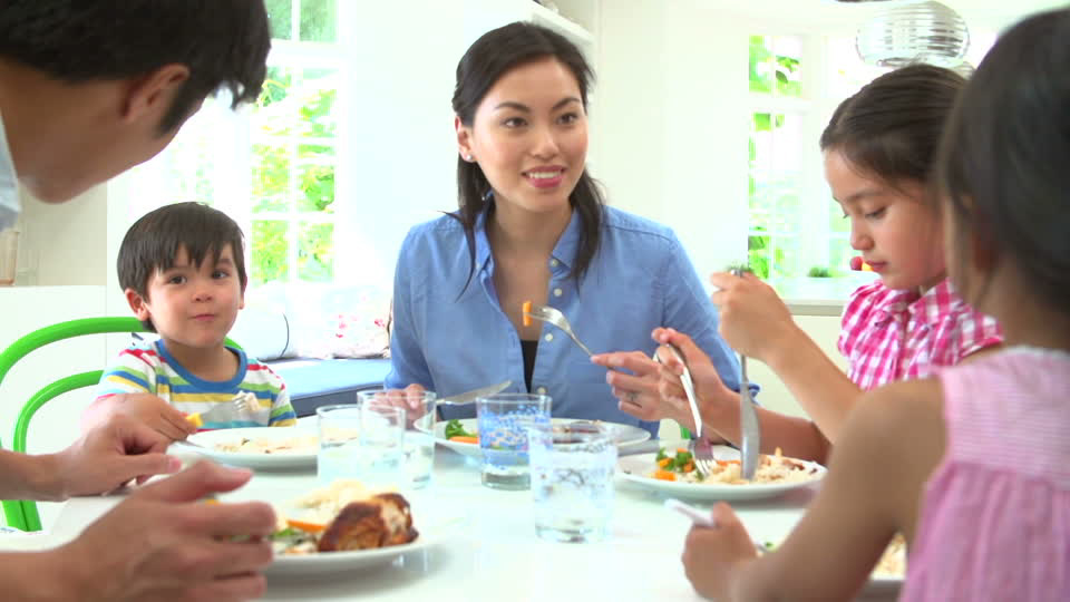 Why Family Dinners Are Important Employee Family Resources